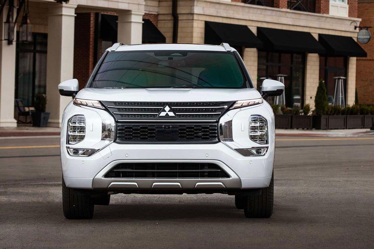 Đánh giá Mitsubishi Outlander 2022, sắp về Việt Nam đối đầu với Honda CRV và Mazda CX5 9