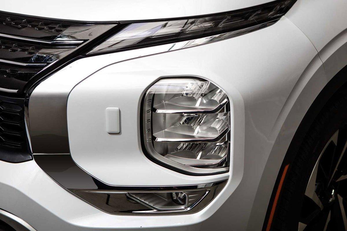 Đánh giá Mitsubishi Outlander 2022, sắp về Việt Nam đối đầu với Honda CRV và Mazda CX5 10